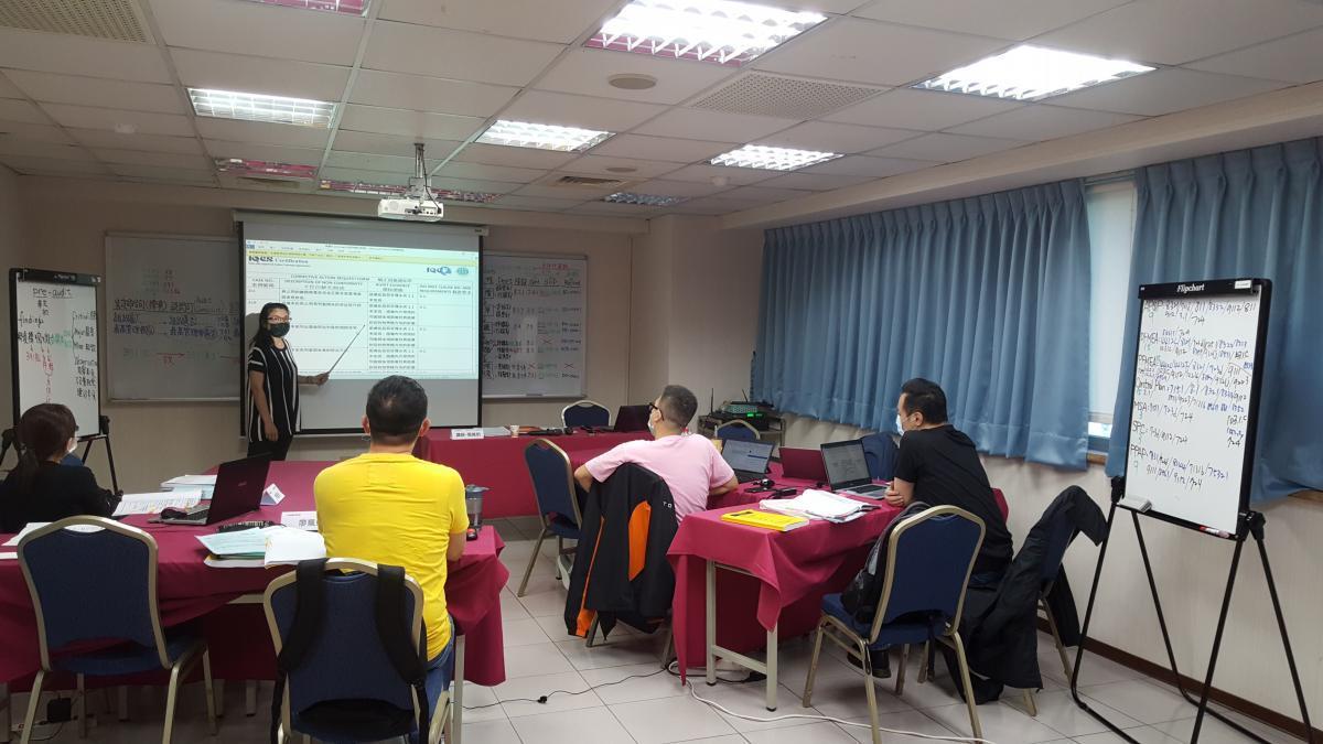 Presentation of delegate 6